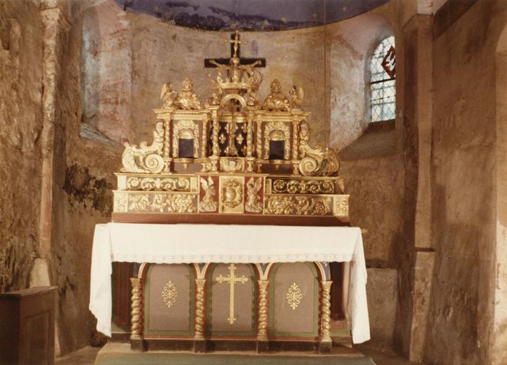 Retable du maître-autel, bois peint et doré