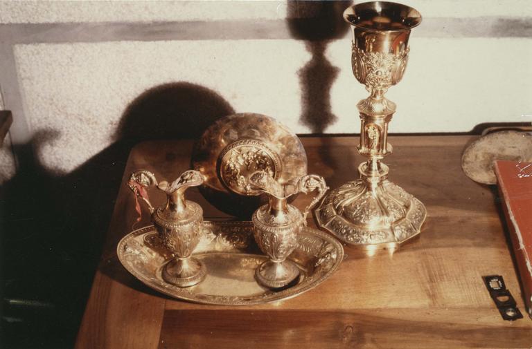 Calice, patène, burettes, plateau à burettes, argent doré, 1838