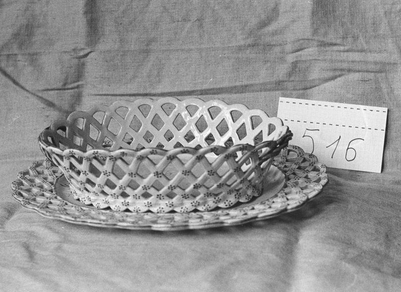 Corbeille de table (bannette), plat, vue générale
