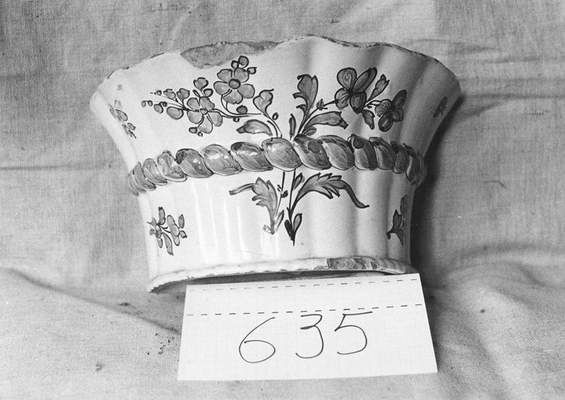 vase à fleurs (bouquetier), vue générale