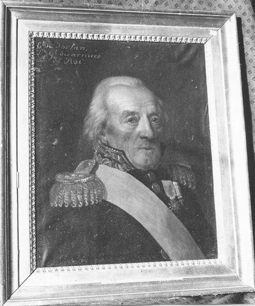 Tableau, cadre : Portrait du Comte de Dortan, Lieutenant Général des armées du Roi, vue générale