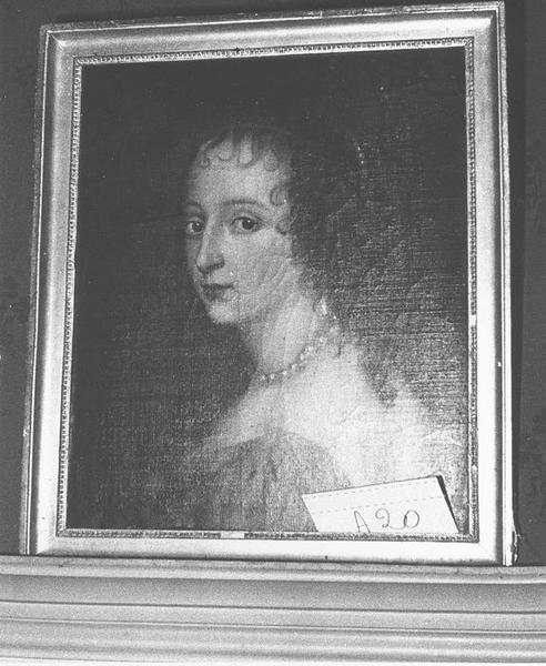 Tableau, cadre : Jeune femme, vue générale