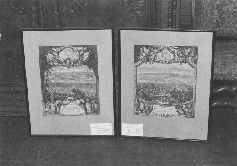 Estampe : Vue de Besançon, vue générale; estampe : Sortie de la garnison de Dole devant le Roi, vue générale