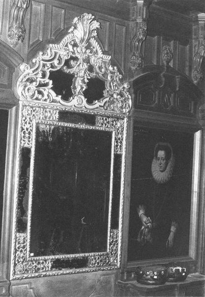 Miroir d'applique, vue générale
