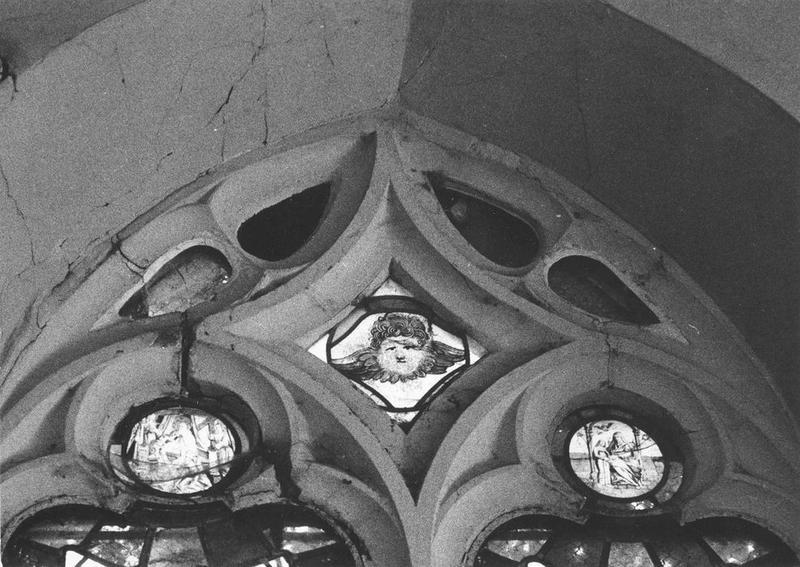 Verrière : Angelot, Dieu de Pitié (La Trinité), L'Education de la Vierge, vue générale
