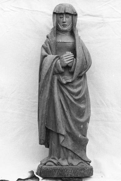 Groupe sculpté : La Crucifixion, vue partielle: Vierge de douleurs