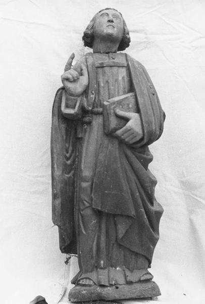Groupe sculpté : La Crucifixion, vue partielle: saint jean