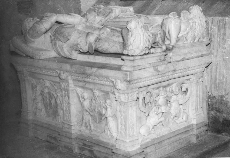 Tombeau d'Adrien de Vaudrey et de sa femme Anne de Vuillafans, vue générale