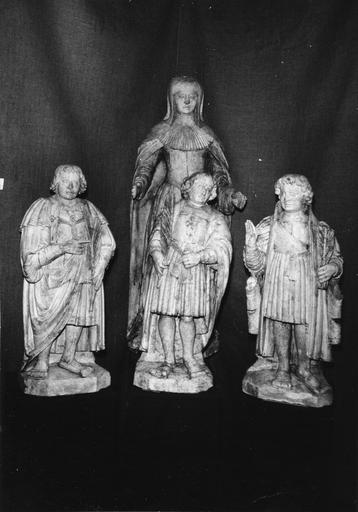 4 statues : Speusippe, Eleusippe, Melasippe, Sainte Léonille
