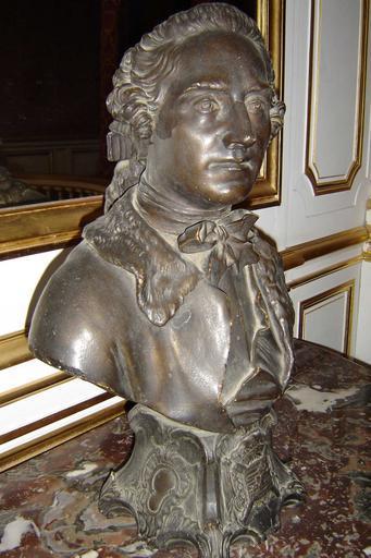 Statue : Buste du maréchal de Saxe