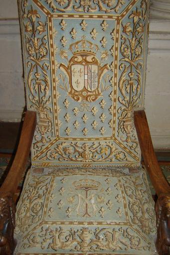 Paire de fauteuils : fauteuils du roi et de la reine