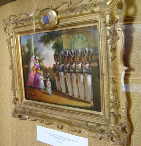 Tableau et cadre : le duc de Bordeaux passant en revue la garde royale