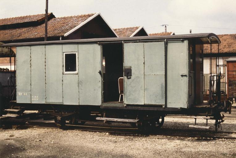 wagon fourgon à voie métrique, DF 51