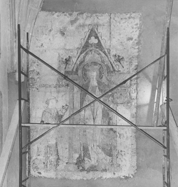 statue funéraire de Guy IV, fondateur de l'église Notre-Dame en 1223