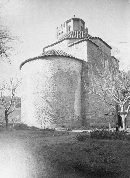 Eglise abbatiale : chapelle à coupole, côté nord-est