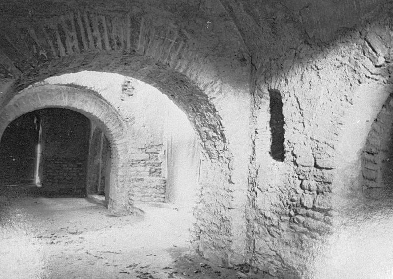 Eglise abbatiale, intérieur : crypte
