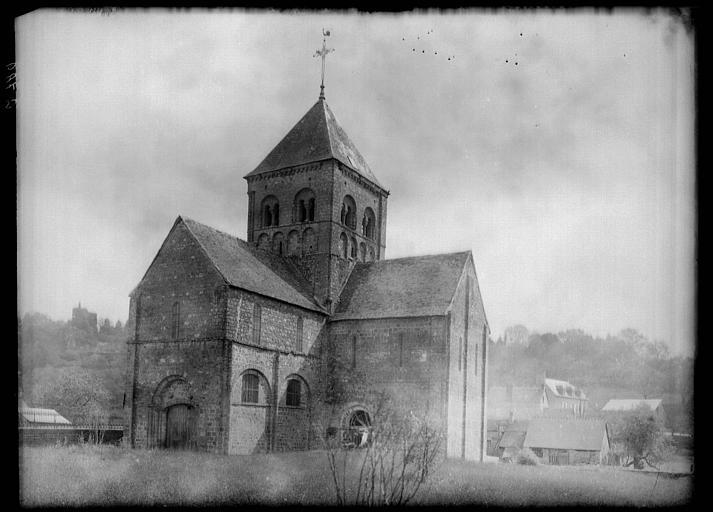 Eglise Notre-Dame-sur-l'Eau ou Notre-Dame-sous-l'Eau
