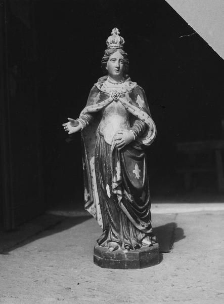 statue : sainte Radegonde