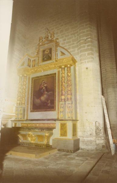 Retable, tableau : Vierge à l'enfant, ensemble de l'autel de la Vierge