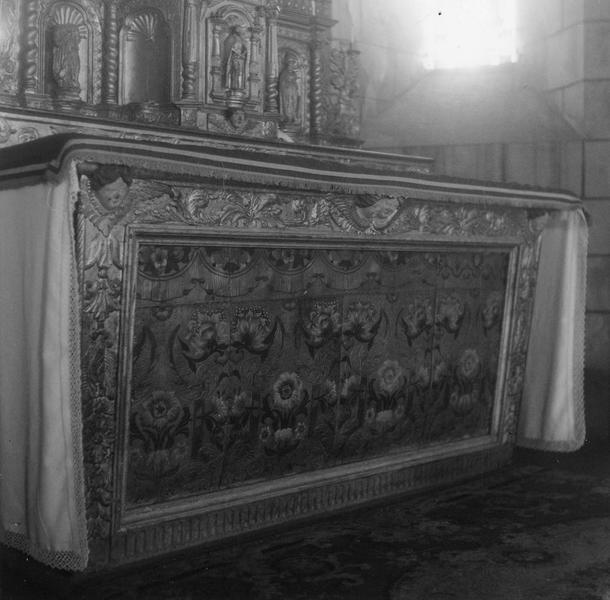 Maître-autel.