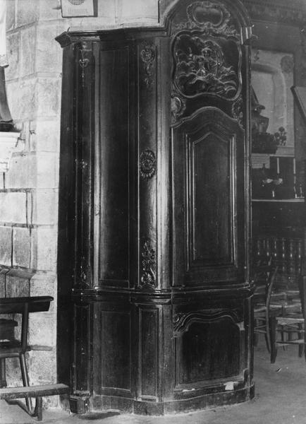 armoire des fonts baptismaux