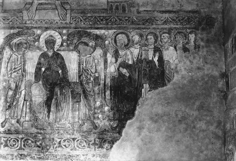 peintures murales : la Vierge entourée des douze apôtres