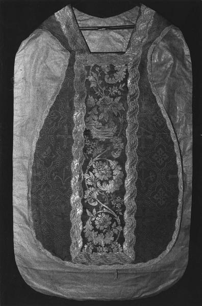 chasuble, vue de face