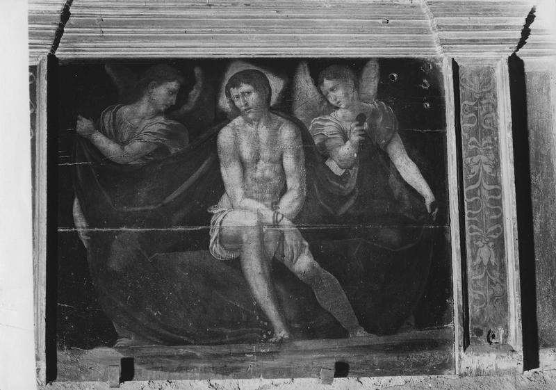 Tableau : Christ de Pitié entre deux anges.