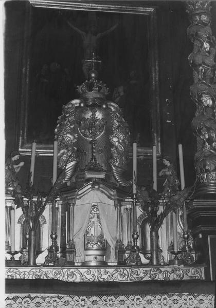 Toile du retable du maître-autel : la Crucifixion.