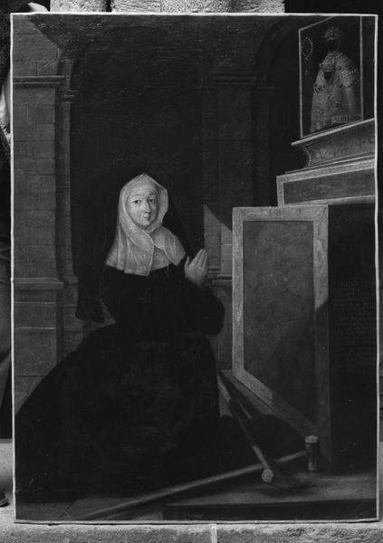 tableau votif : Antoinette Breysse agenouillée devant la Vierge noire du Puy