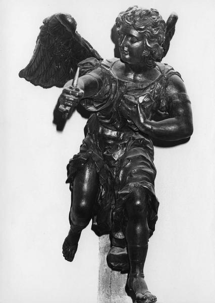 statue : ange porte-torchère