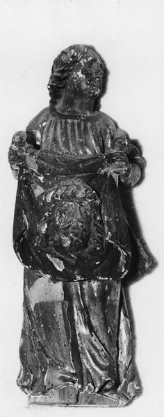 statue : sainte Véronique