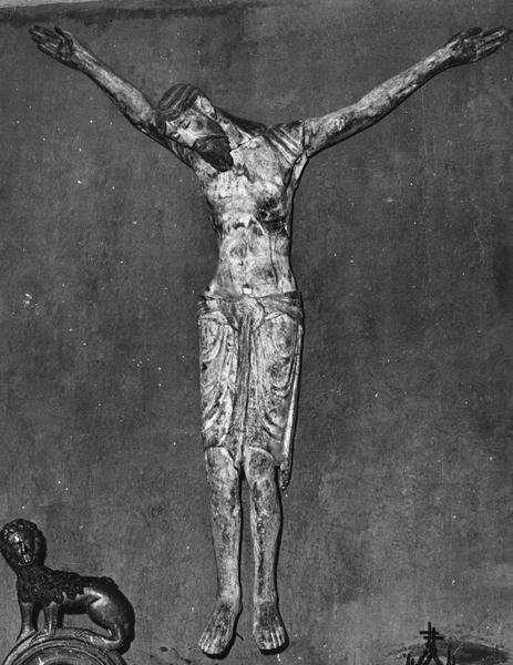 statue : christ en croix dit Christ de Chadenac