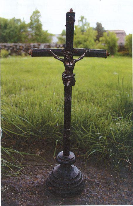 statue (statuette): Christ en croix