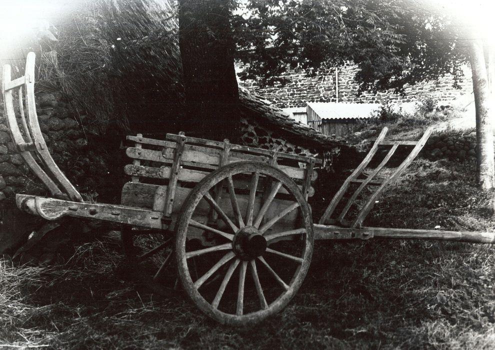 voiture utilitaire à énergie animale (char)
