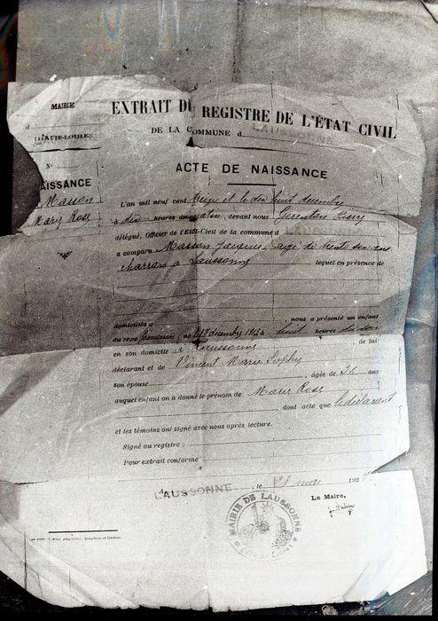 document imprimé : Extrait du registre de l'Etat Civil, Acte de Naissance de Marie Rose Masson