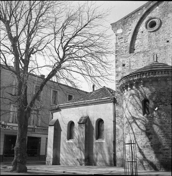 Bâtiment annexe à l'église