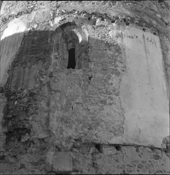 Chevet : détail d'une fenêtre