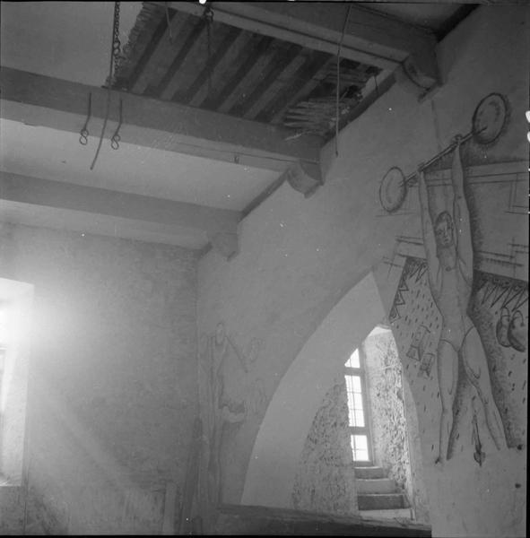 Salle intérieure : détail du décor
