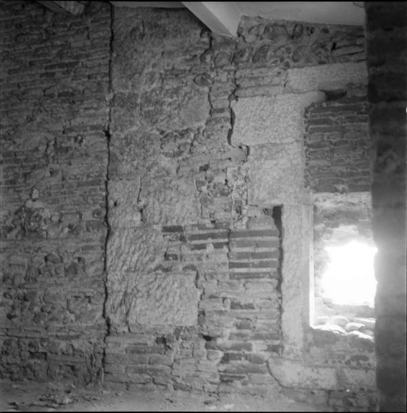 Mur intérieur, détail de l'appareil