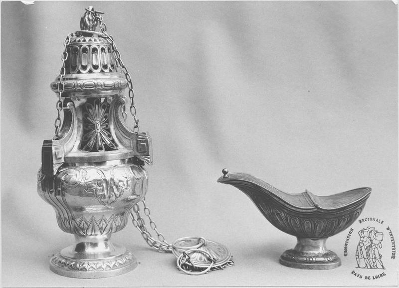 navette à encens et encensoir