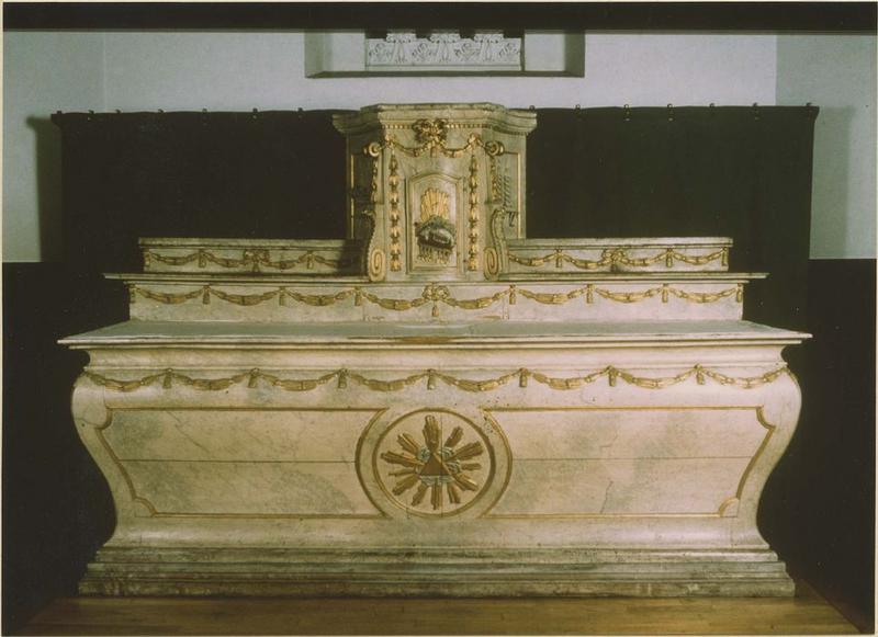 Maître-autel, gradins, tabernacle (maître-autel)