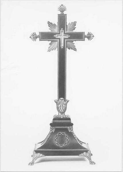 Croix-reliquaire