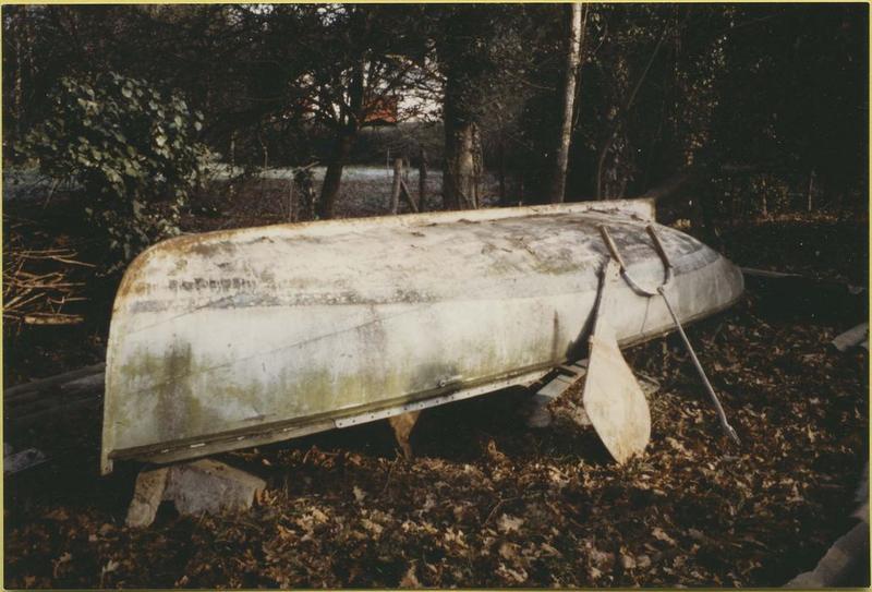 Bateau de plaisance (bateau de régate de rivière, dériveur) dit Le Vezon
