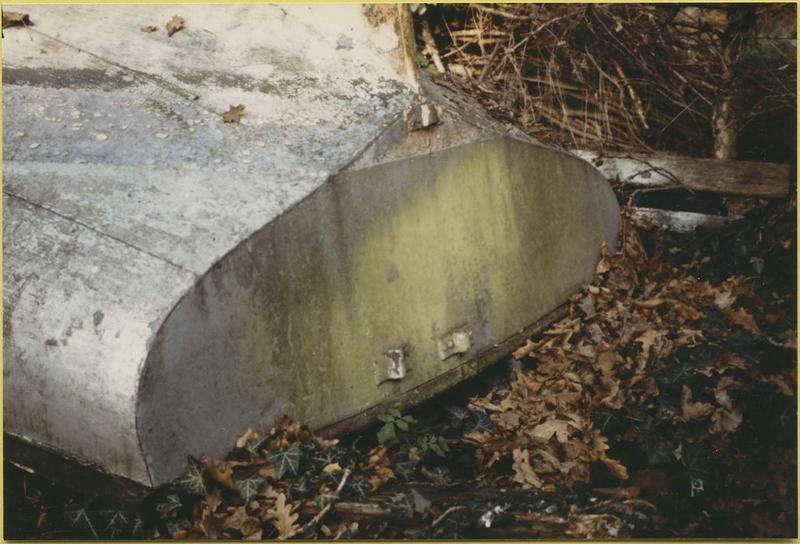 Bateau de plaisance (bateau de régate de rivière, dériveur) dit Le Vezon (détail)