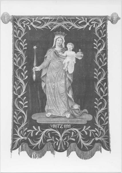 Bannière de procession : la Vierge