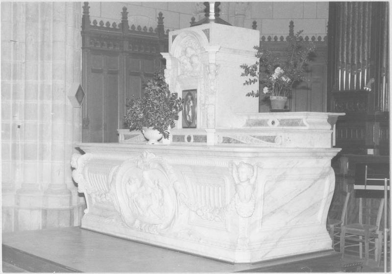 Maître-autel (maître-autel)