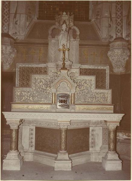 Autel, tabernacle, statue : saint Félix