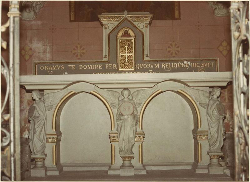 Autel, tabernacle, autel de Tous-les-Saints
