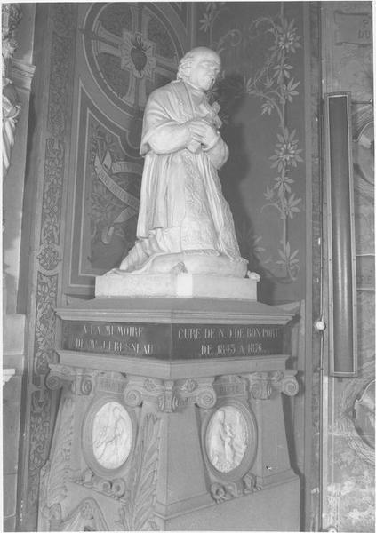 Tombeau, cénotaphe : de l'abbé Fresneau